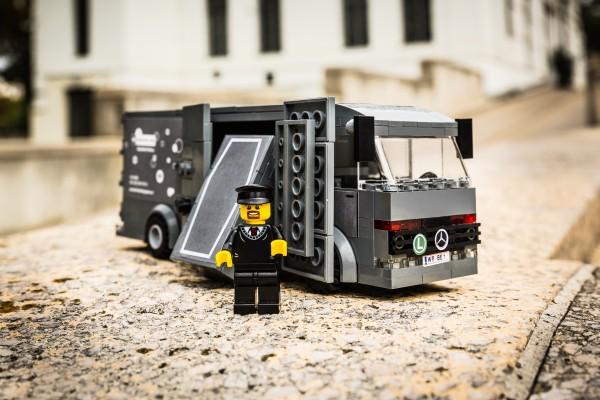 Fourgon aus LEGO(R) Komponenten