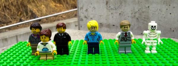 Trauerfamilie Minifiguren aus LEGO(R) Komponenten